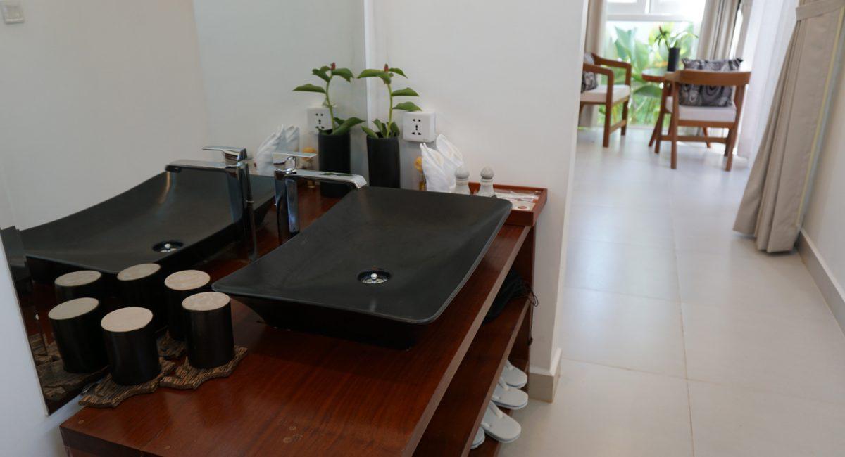 Thany-Private-Villa-Bathroom1